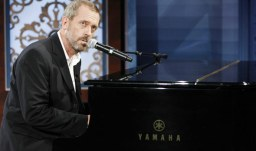 piano-hugh-laurie